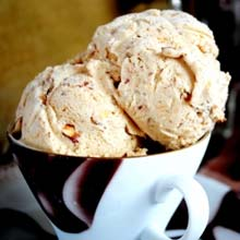 Vadilal Roasted Almond-HZ Ice Cream